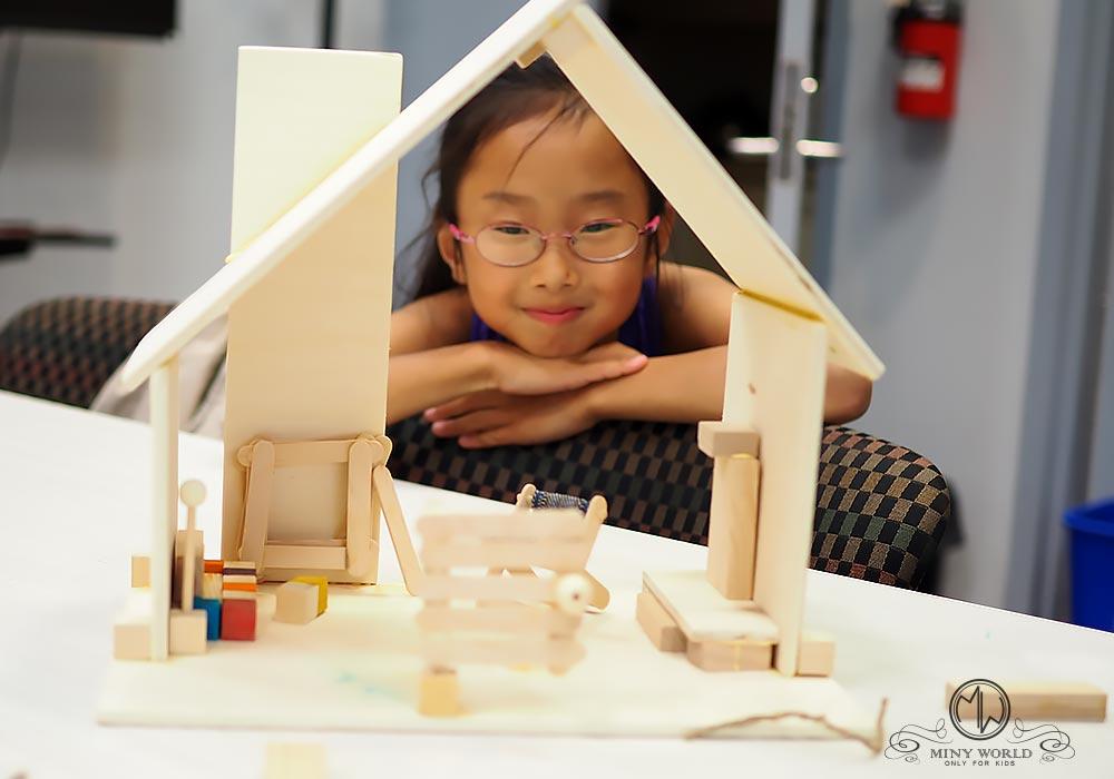 Dream_house_wood_1