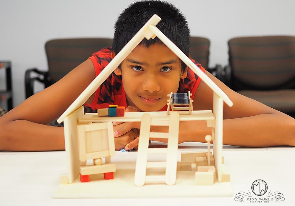 Dream_house_wood_2