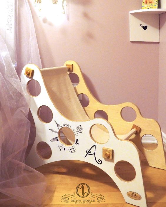 girl wooden armchair 1
