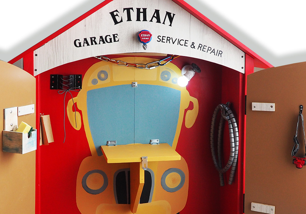 Ethan's Garage – playhouse